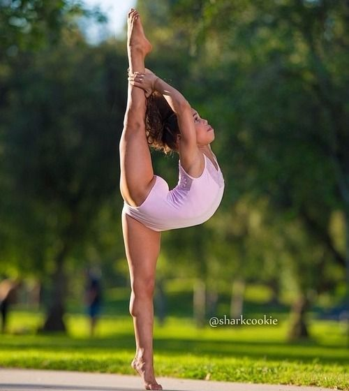 ~ Asia ~ love this pic  ASIA of Dance Moms - this girl is amazing!!