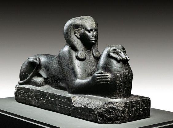 Esfinge en granito negro de SHEPENUPET II