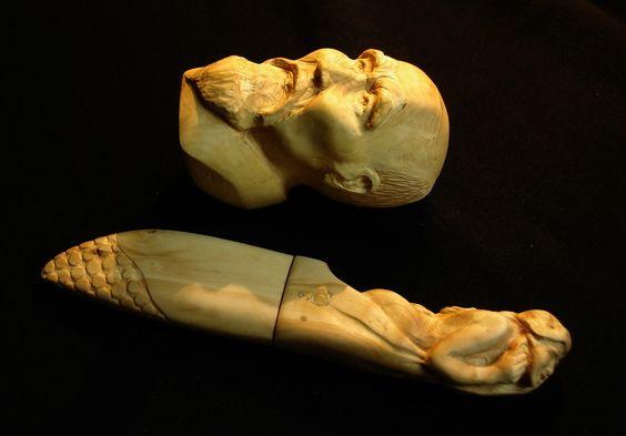 Fulbert DUBOIS sculpteur - Osensei Ueshiba et couteau citadel manche sculpté buis (1)
