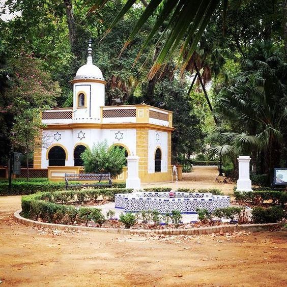 #marialuisapark#seville#sevilla#espana #espagne by magalimimoune