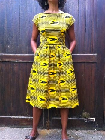 For my Emery Dress, I picked the Nkrumah's pencil* Wax print fabric which I love.I made a few alterations to the pattern : I lengthened the skirt, skipped the lining (I went for a facing instead) and slightly modified the sleeves.No adjustment was needed. The fit is just perfect! Such a pleasant...