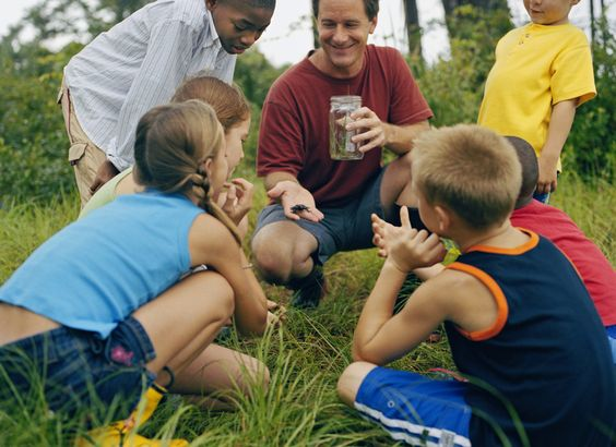 Find resources to help you bring the environment into your classroom or into the activities of your scout, naturalist or youth group.
