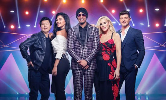 Watch The Preview For Fox S Bizarro New Game Show The Masked Singer Hosted By Nick Cannon Bizarro Blackstories Cannon En Singer Singer Tv Singer One