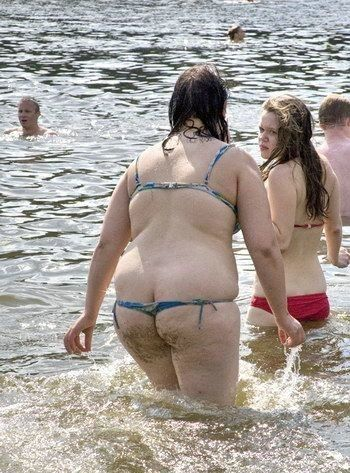 Sexy bathing suit - FAIL: