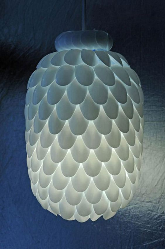 funny-clever-alternatives-every-day-objects-lamp---Plastic spoon hanging light~~~could use multi-colors of spoons to form patterns too ;)