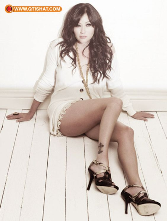 Shannen Doherty Thighs