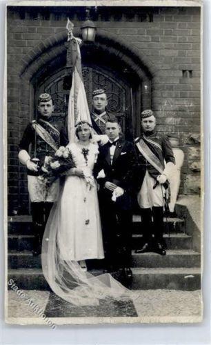 51331067-Hochzeit-Uniform