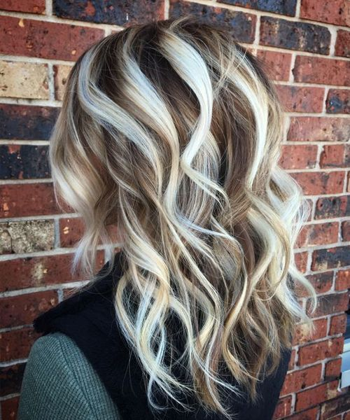 Perfect Medium Wavy Hairstyles With Platinum Blonde Highlights