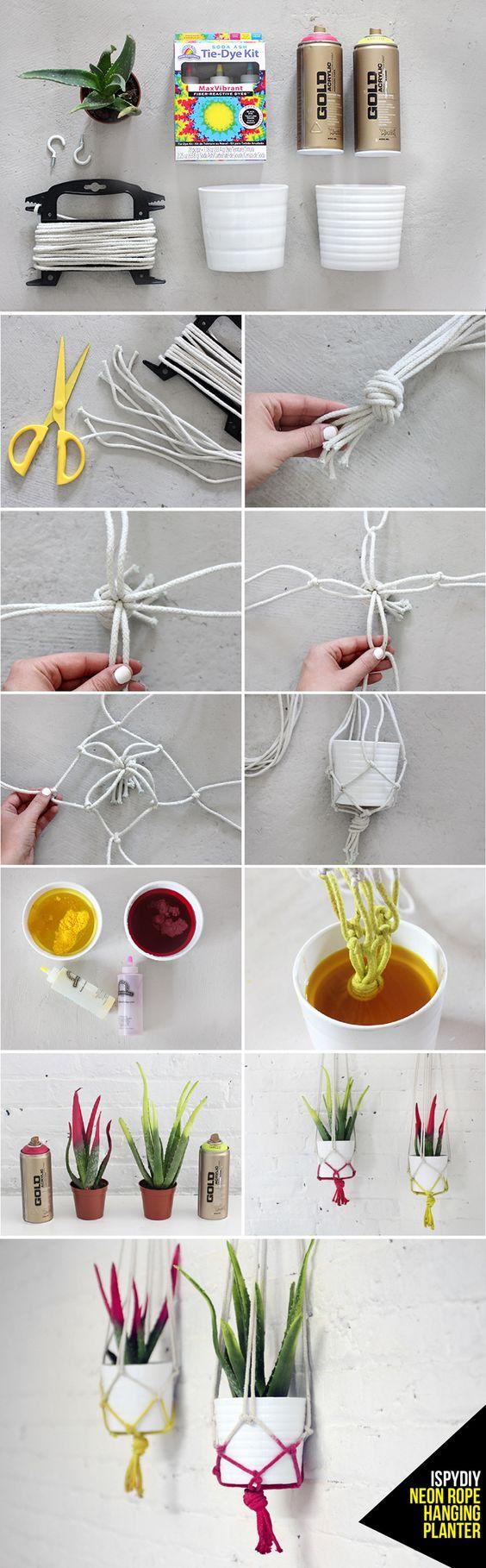 Renueva tus plantas de exterior con este moderno macetero-colgador.  Más información aquí: http://ispydiy.com/my-diy-neon-rope-hanging-planter/