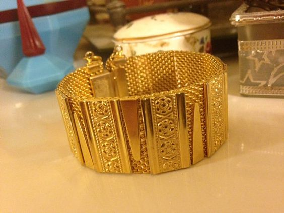 Vintage 1950's Thick Layered Mesh Bracelet Gold by NewYorkRevival
