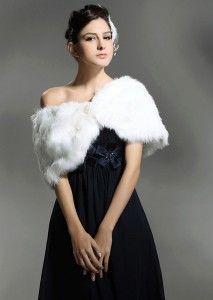 Faux Fur Bridal Wrap #Wrap #Wedding #Fur