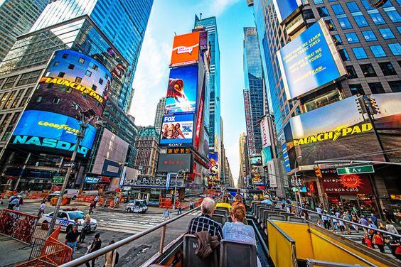 New York: 11 Dinge, die man vor der ersten Reise wissen sollte http://www.travelbook.de/welt/urlaub-in-new-york-was-man-vor-der-ersten-reise-wissen-sollte-749125.html