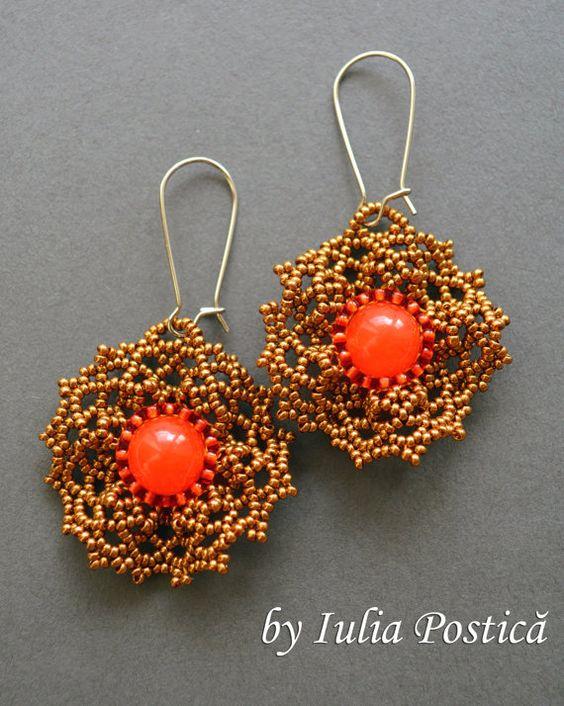 Ruffled Lace beadwoven earrings tutorial / by BeadedTreasury