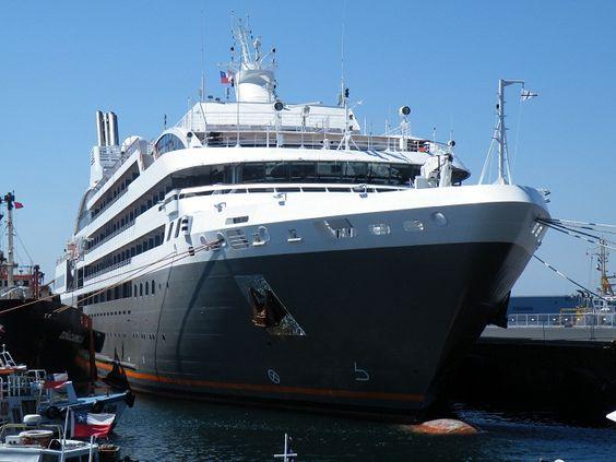 FORO BASE NAVAL - Cruceros de Visita en Valparaíso - Puertos y Equipamiento Portuario