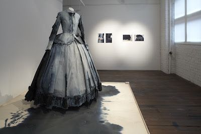 Martha L. Mcdonald: Victorian mourning dress out of crepe paper
