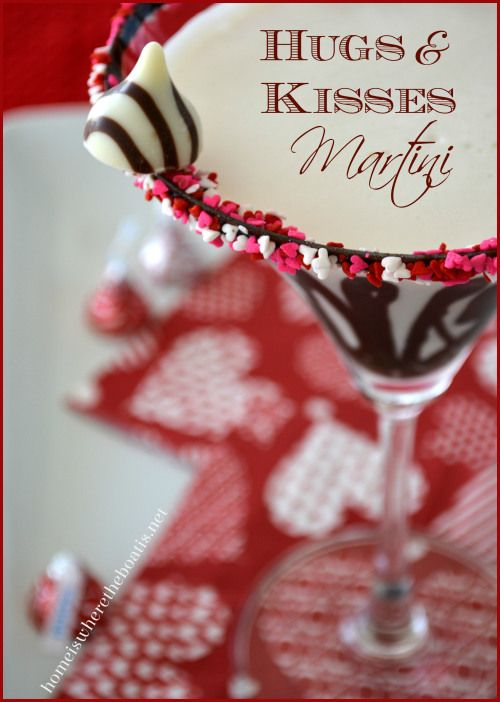 Have your Chocolate and Drink it Too with a Hugs & Kisses Martini for Valentine's Day! http://homeiswheretheboatis.net/ #ValentinesDay #chocolatemartini: