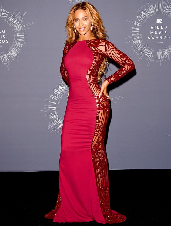 beyonce fashion outfits | Beyonce poses in the press room during the 2014 MTV Video Music Awards ...