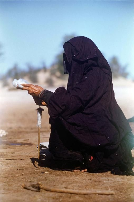 A Look Back To The Past Of Emirati Women Through Photographer Ronald Codrai In Pictures The National Pictures History Uae International Culture