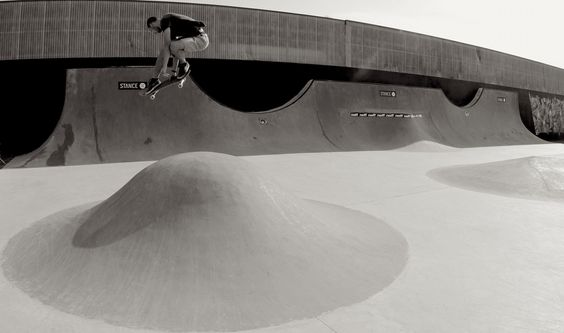 Yanis Payet / sad air / aurillac / epicentre / skateboard / concrete skatepark