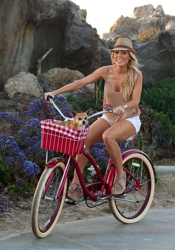 Gretchen Rossi - Gretchen Rossi Takes Her Dog for a Bike Ride