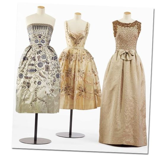 (Foto:  ) Christian Dior, 1952; Balmain, 1955 e Balenciaga, 1960