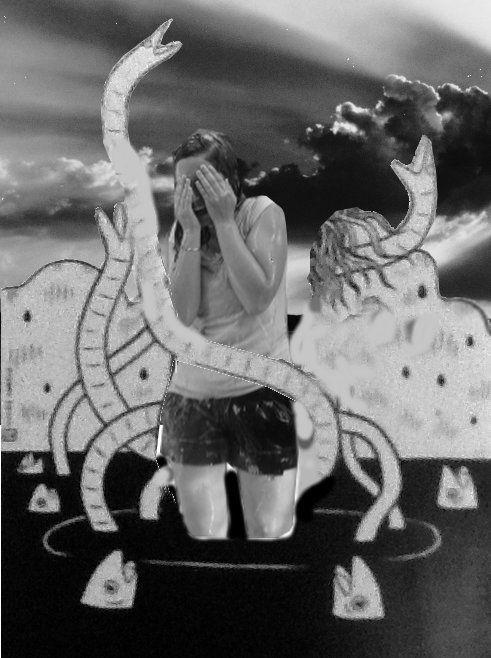 Fomontaje compuesto de varias capas, mi sobrina en su egreso de la facultad, una estampa dibujada y cielo blaco y negro.