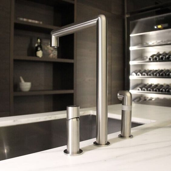 Sleek detail from our Pure Concept store. The Convivium kitchen featuring CEA Design Tapware. Pure are thrilled to represent both these brands in Australia! @arclinearredamenti #ceadesign #pureconcept #pureconceptAU #pureinteriors #pureinteriorsAU #kitchen #italiankitchen #interiors #interiordesign #inspiration #madeinItaly #architecture #archiproducts #exclusivetoPureInteriorsAU