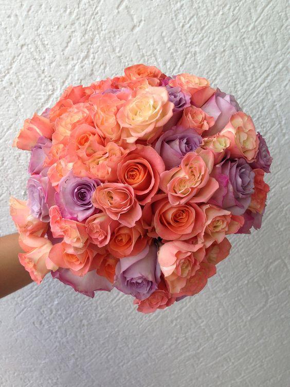 rosas coral y lilas