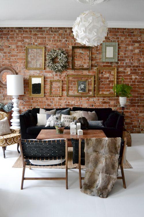 Brick, black & frame display - love! | NIB - Norske interiørblogger