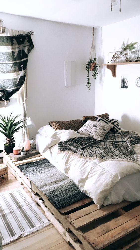55 Best Diy Pallet Bedroom Design Ideas Diy Apartment Decor