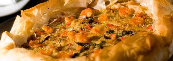 Veja como fazer uma saborosa quiche de siri e camarãozinho