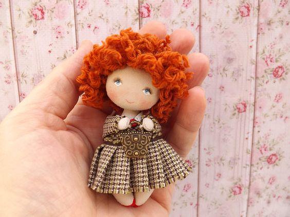 Poupée de chiffon poupée de collection poupée d'art