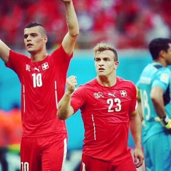 MONDIALI: la #Svizzera batte 3-0 l'#Honduras , triplete di #Shaqiri . Qualificata assieme alla Francia !