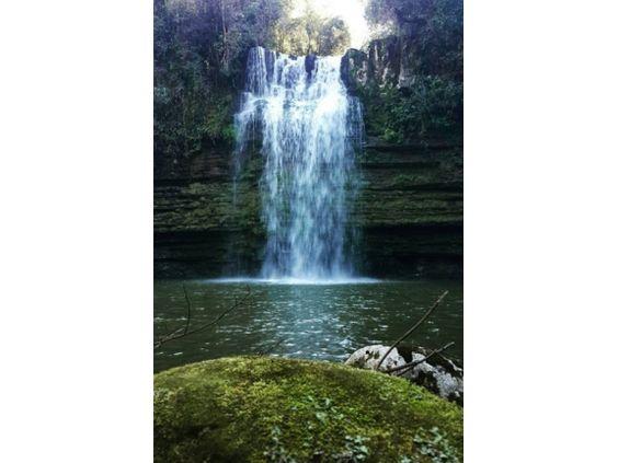 Portal de Turismo de Apiúna > Atrativos > Cachoeira das Andorinhas