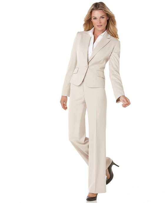 "LOVE the pant length and style, perfect for me at 5'10"" Anne Klein"
