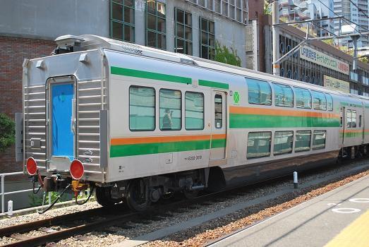 e233系グリーン車甲種輸送 斬剣次郎の鉄道 バス斬り 列車の旅 鉄道 グリーン車