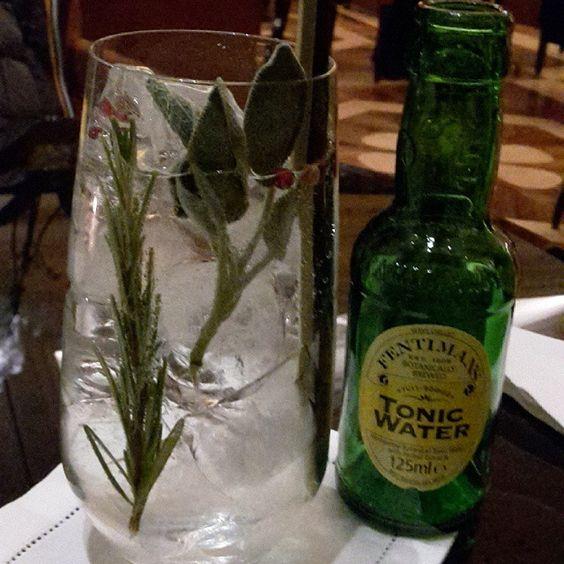 Gin tonic  @ Palazzo Parigi #Milano