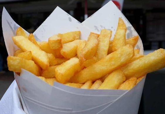 Ce qu'il faut savoir sur les frites belges. Comment faire le bon geste et le bon choix à chaque étape pour savoir comment faire des frites belges exquises.