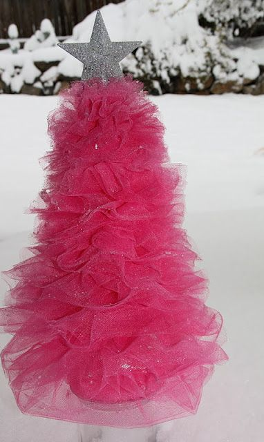 Tulle christmas tree, how cute! Imagine the color possibilities