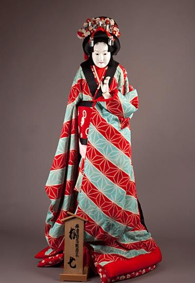 Bunraku-ningyo depicting Yaoya Oshichi - Antique Japanese Dolls