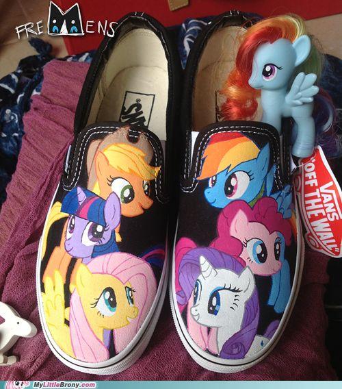 Pony Shoes OMGOMGOMG I WANT THESE SOOOOOOOOOOOOOOOOOOOOOOOOOOOOO BAD!! :3