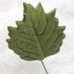 "1.5"" Sunflower Leaves - Medium - Green w/ Wire (60 per box)"