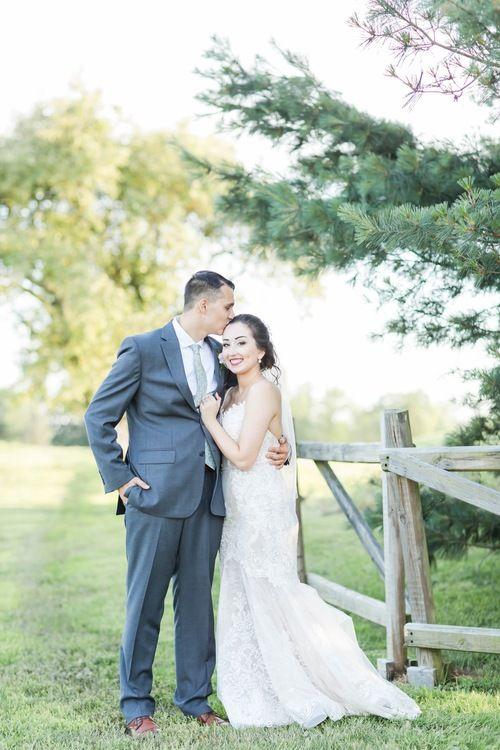 Nickajack Farms Summer Wedding Akron Ohio Wedding Photographer Outdoor Wedding Inspiration Ohio Wedding Ohio Wedding Photographer