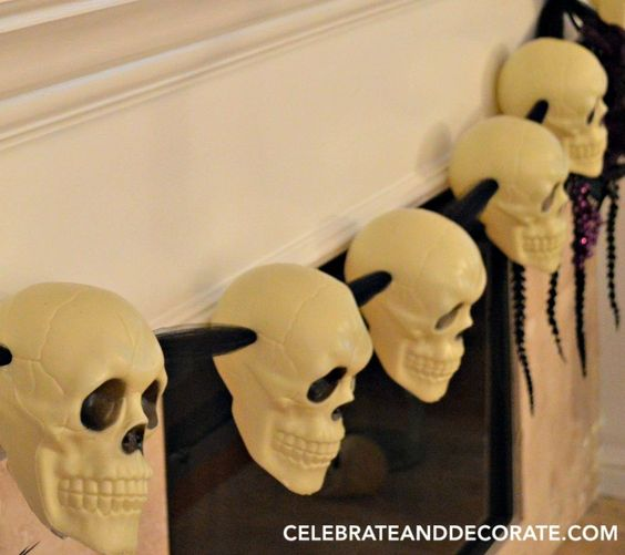 Make this skull garland for Halloween - cheap and easy - with dollar shop finds!