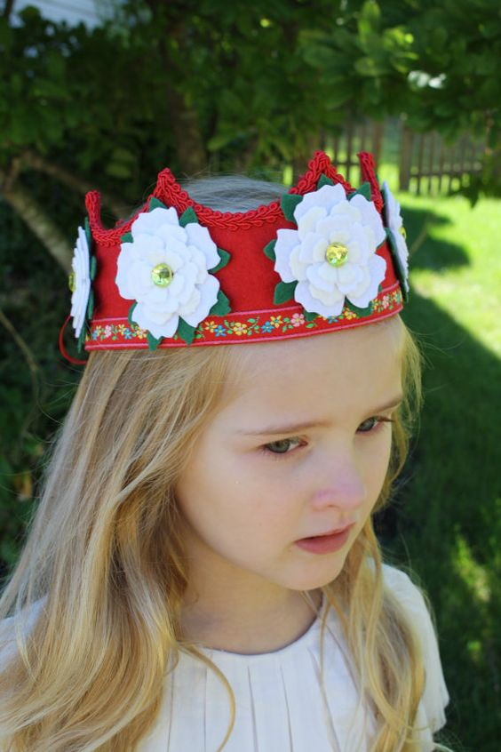 red and white felt crown by IngaAstrid on Etsy