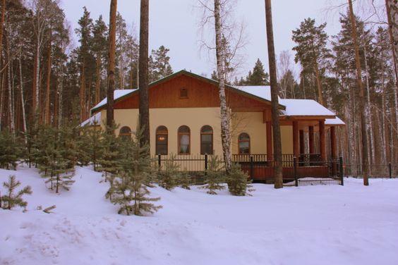 Ганина Яма. Мужской монастырь. Построен на месте уничтожения царской семьи.