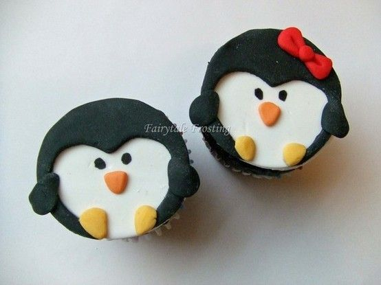 Penguin cupcakes #penguin #cupcakes #baking missjenniferliz