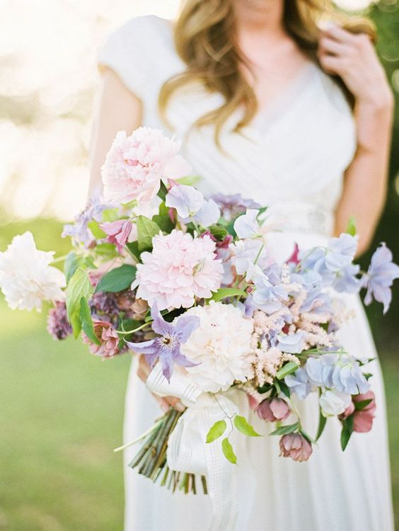 seafoam and rose quartz pastel bouquet   Photography : Ryan Ray Photography | Floral Design : Bows and Arrows Read More on SMP: prettyhttp://www.stylemepretty.com/2016/01/16/bouquet-breakdown-spring-inspired-photo-shoot/