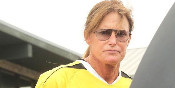 Bruce Jenner impliqué dans un accident de voiture mortel ! #bruceJenner #accident #KimKardashian