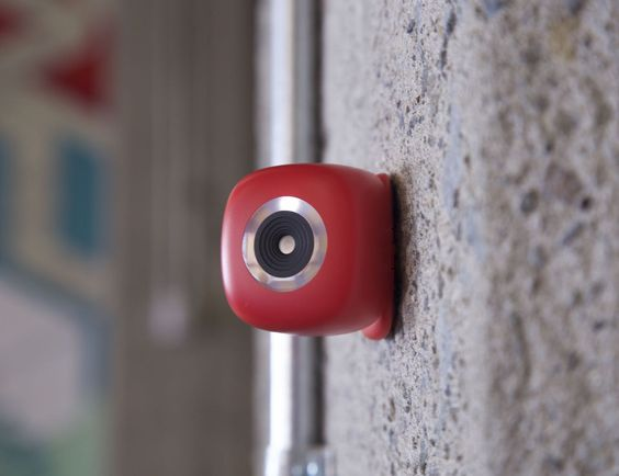 Forget the selfie stick. Podo is a wireless, re-stickable camera that turns any surface into a photo booth